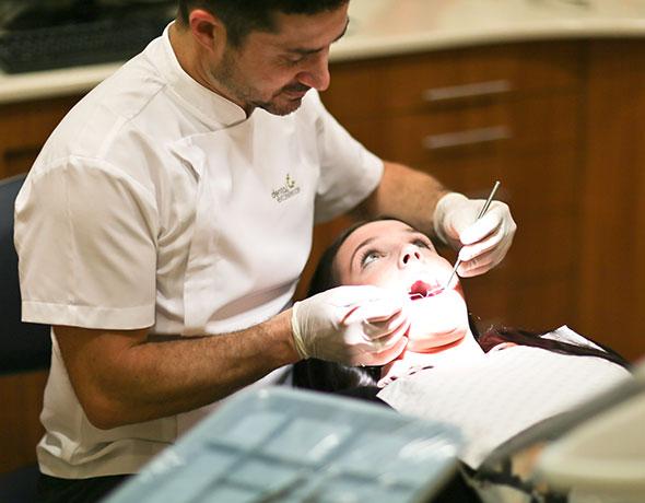 Dental-Examination